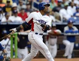 Robinson Canó, segunda base de los Yanquis y emblema de República Dominicana, uno de los mejores del mundo... Latino. Hoy, en el banquillo