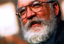 Daniel Dennett, materialista radical, según él, las creencias son una ilusión, no puede existir nada cualitativo, nada que no sea masa informe: ésa es su creencia