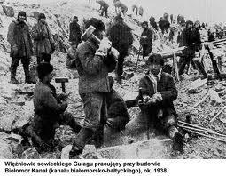 Hombres sepultados en vida, en los campos de la muerte de la recolución, reforma social