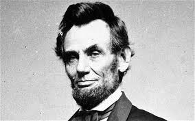 Lincoln, un buen hombre, ejecutor de planes ideológicos antirepublicanos