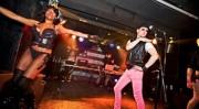 "Fiesta ""Trash"", basura, en una discoteca: altura [in-] cultural"