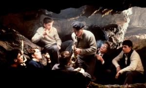 En la cueva del indio, los poetas crean dioses, elevan el espíritu, subvierten la realidad