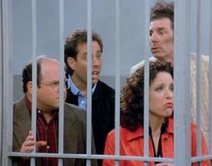 Los cuatro amigos, cínicos, aberrados, desvergonzados, presos por malos prójimos, en el último capítulo de la célebre serie