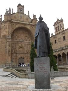 Francisco de Vitoria, el gran salmantino, uno de los grandes de toda la historia. Él constituyó un espíritu que lanzó al arte y la literatura del siglo de oro; y todo el impresionante régimen que produjo la civilización, el mestizaje cultural más importante de la historia