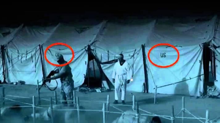 Efectivos del ISIS, maltratando prisioneros, con su apoyo logístico gringo: tiendas de campaña, cortesía de los US