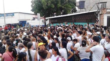 En Ureña, los militares ensañados, no quieren permitir que la gente hambrienta vaya por comida
